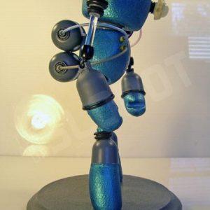 mike slobot_SLOBOT_Mariner01_05_robot art_from right