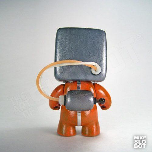 MikeSlobot A19FleetMechanics Robot Sculpture Back